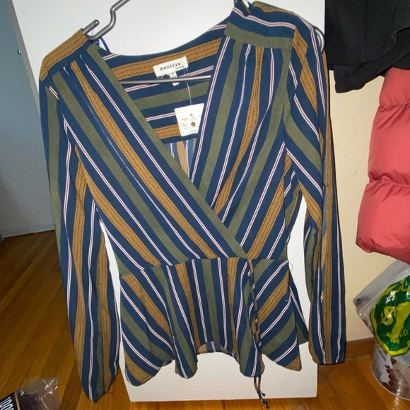 Sexy but classy too. Never worn size medium